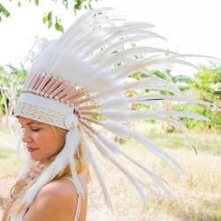 Cocar Indígena Adulto Branco Total