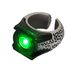Anel Lanterna Verde com Luz Adulto Luxo